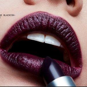 MAC Lipstick - Cyber